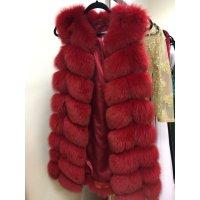 Červená bochánková vesta z lišky