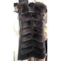 Nový model/ kožešinová vesta z lišky se zipy