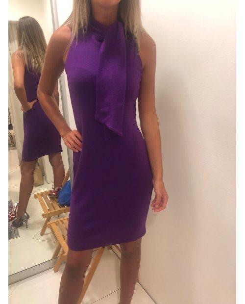 Úpletové vlněné elegantní šaty