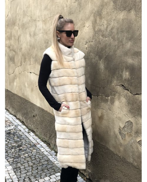 Norková dlouhá krémová vesta