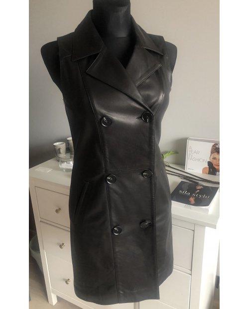 Kožené elegantní šaty s klopama