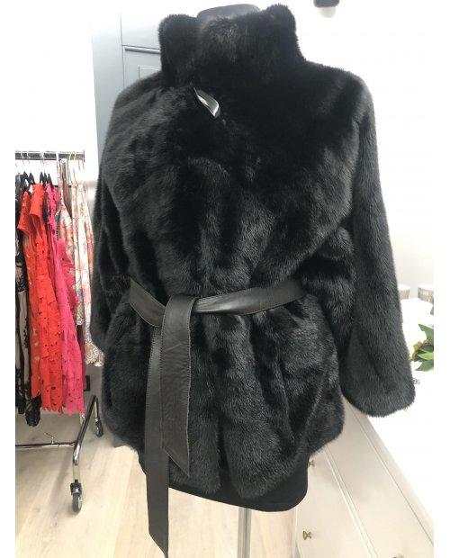 Norkový kabátek s netopýřimi rukávy