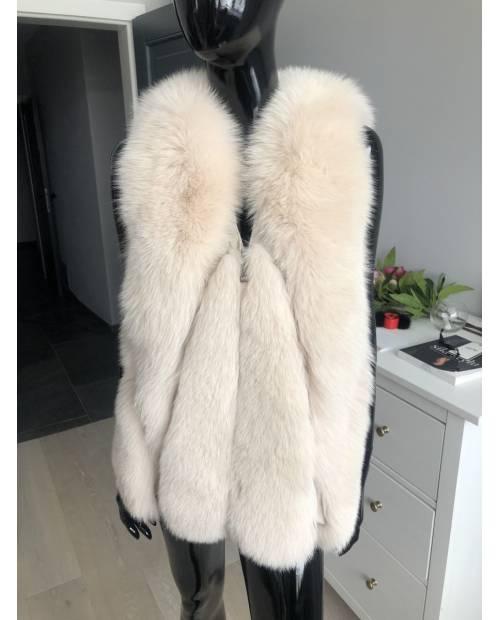 Nový model / kožešinová vesta z lišky CN