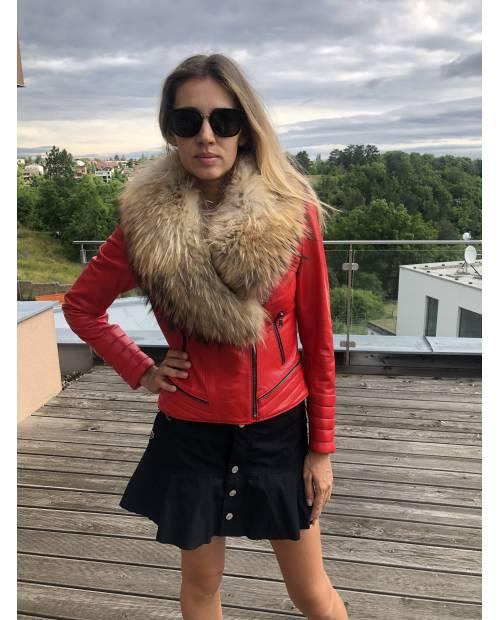 Kožená červená bunda s odnímatelným kožešinovým límcem z lišky