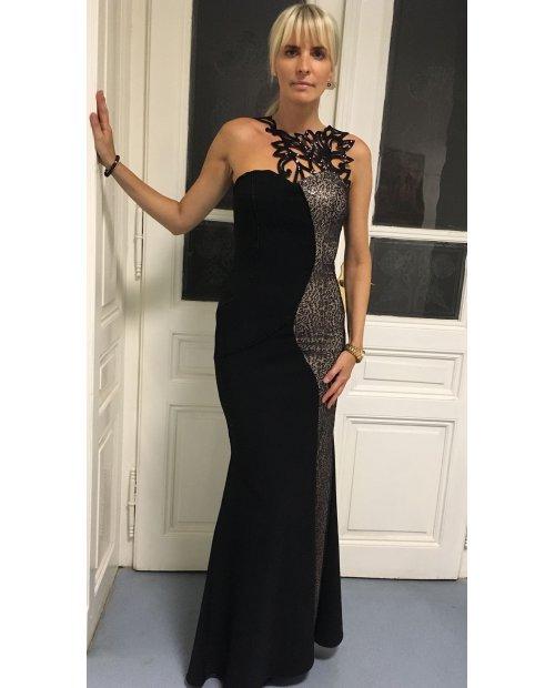 Černé dlouhé šaty s hadím vzorem