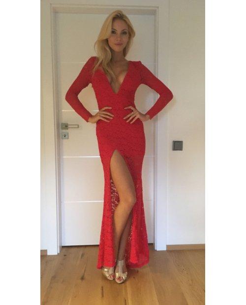 Červené dlouhé sexy krajkové šaty