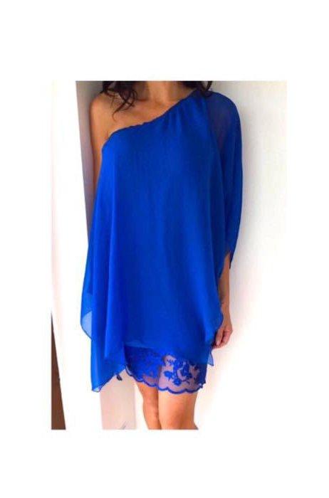 Kouzelné asimetrické hedvábné šaty