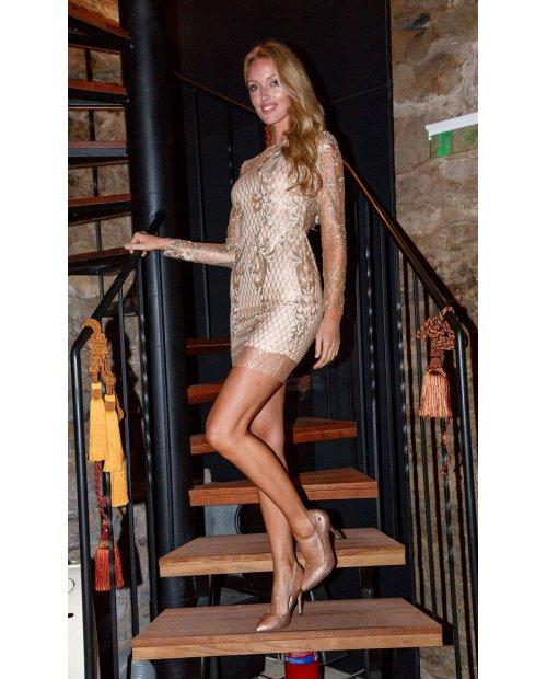 Zlaté krajkové šaty