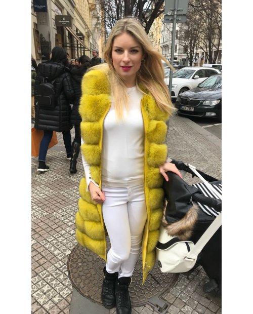 Nový model / Kožešinová vesta - žlutá