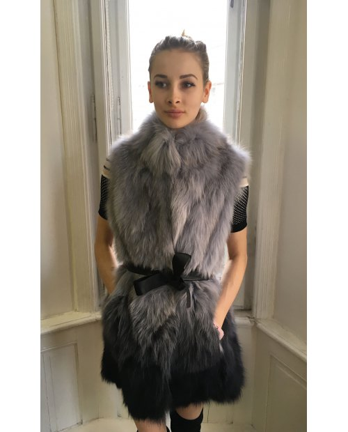 Nový model / Jarní kožešinová vesta s koženým páskem