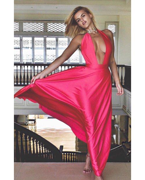 Okouzlující šaty z hedvábí a saténu